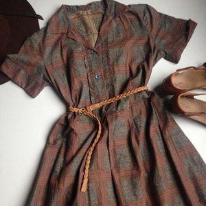 Dresses & Skirts - Vintage Paisley Print Dress